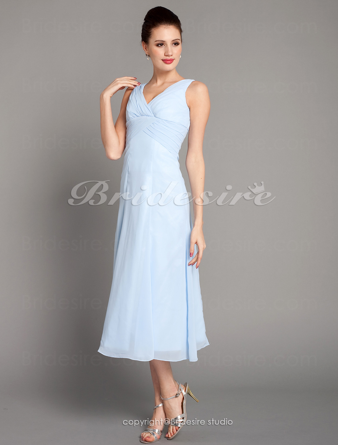 A-Lijn Knielengte Chiffon V-hals Bridesmaid/ Wedding Party Kleding With Criss-Cross Bodice